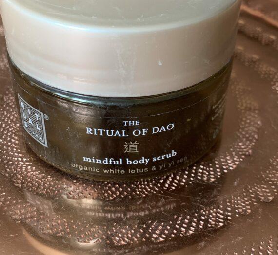 Rituals The Ritual of Dao mindful body scrub