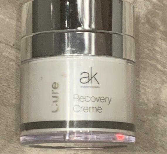 AK Akademikliniken Cure recovery cream
